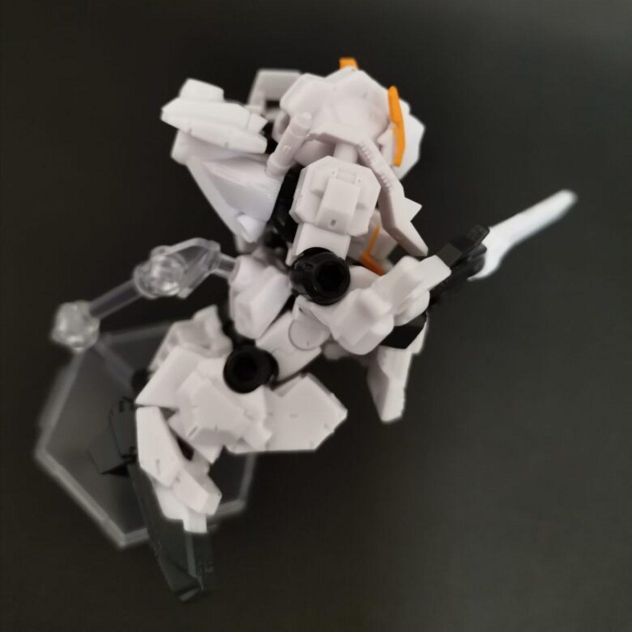mobile suit ensemble (モビルスーツアンサンブル)ex23弾のガンダムtr-1[ヘイズル·アウスラ](ギガンティックアームユニット装備)セットのヘイズルアウスラにミサイルポッドとロングブレードライフルを装備させた画像