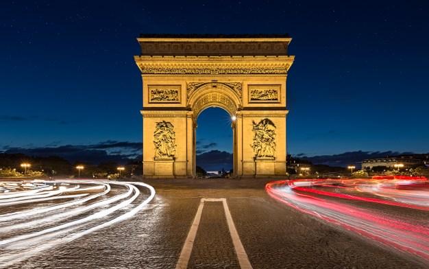 Arc de Triomphe, Paris, Fransa.