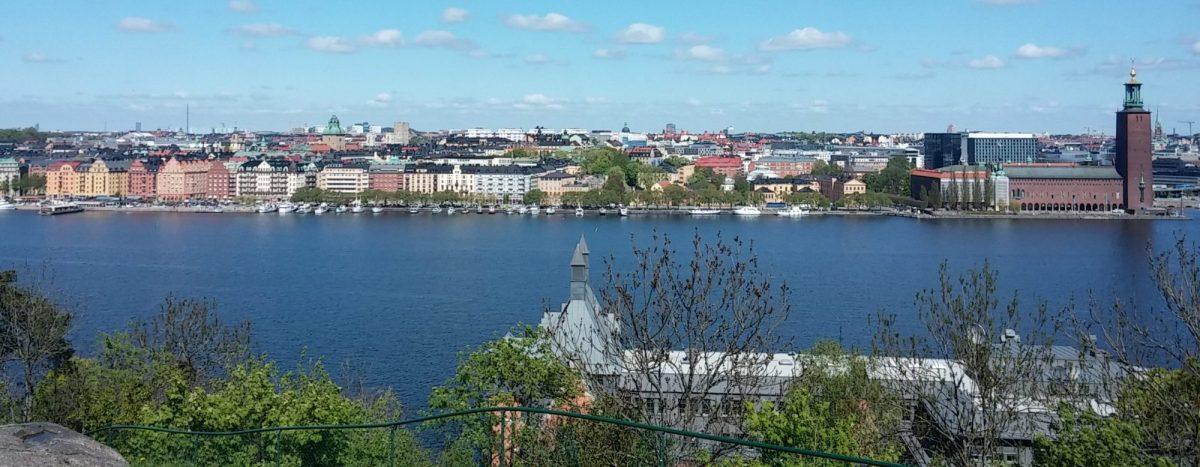 Larsdotter Konsult: vy över Stoclholm. Norr Mälarstrand, Kungsholmen från Södermalm
