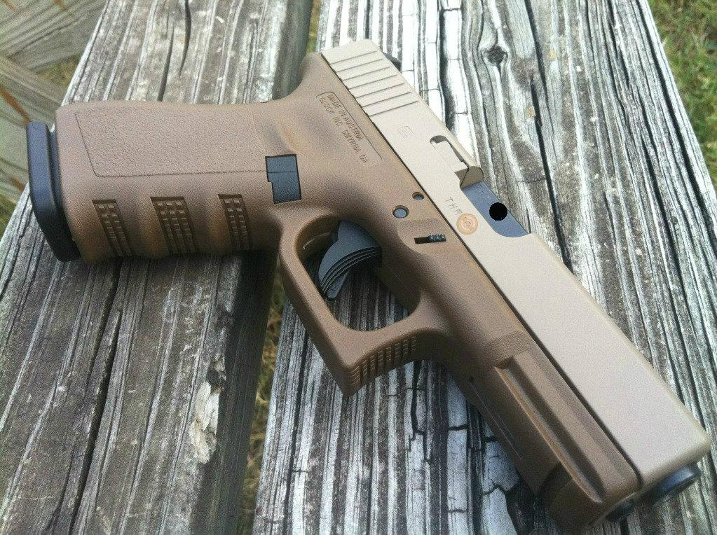 Glock 19 FDE