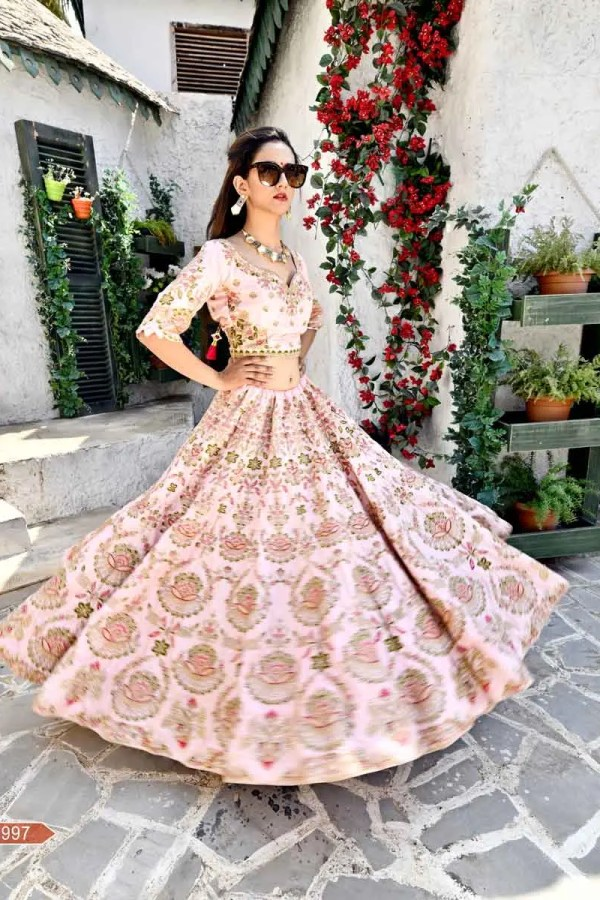 Indian wedding dress for women
