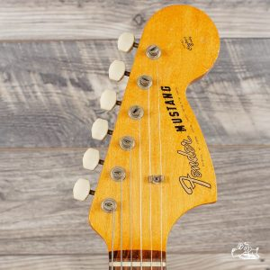 Fender Mustang Headstock