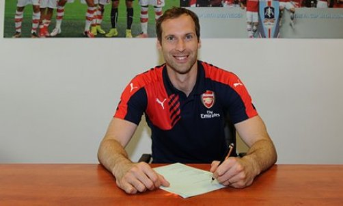 Petr Cech signs for Arsenal