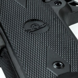 Rubber, Standard Height, Double-Diamond Grip Panels Are a Big Plus