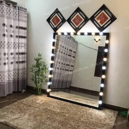 Gương Toàn Thân Lớn Gắn Đèn LED