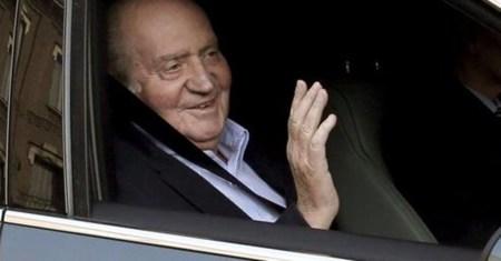 El Rey tras pasar una revisión médica. Foto: Reuters
