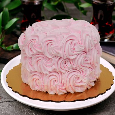 dainty pink swirly cake
