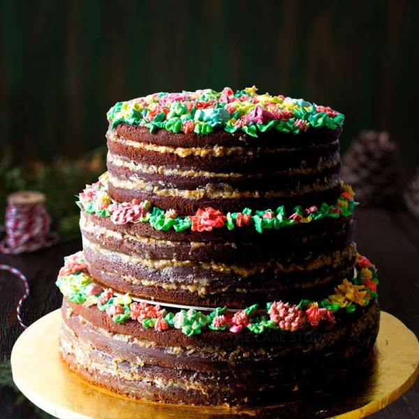 plum cake for weddings