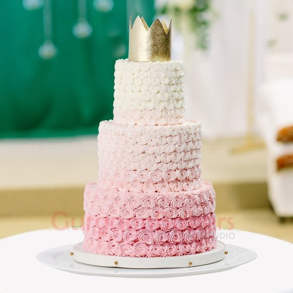 rich wedding cake