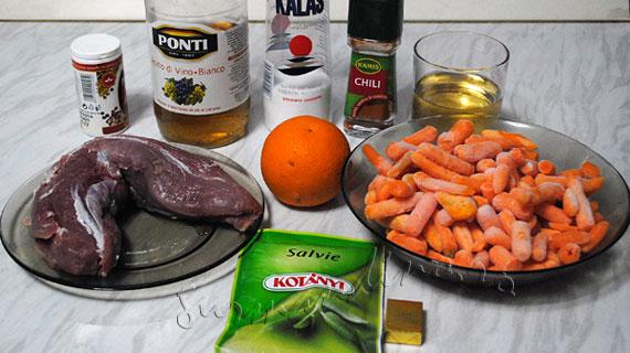 Muschiulet de porc cu salvie, vin si suc de portocale