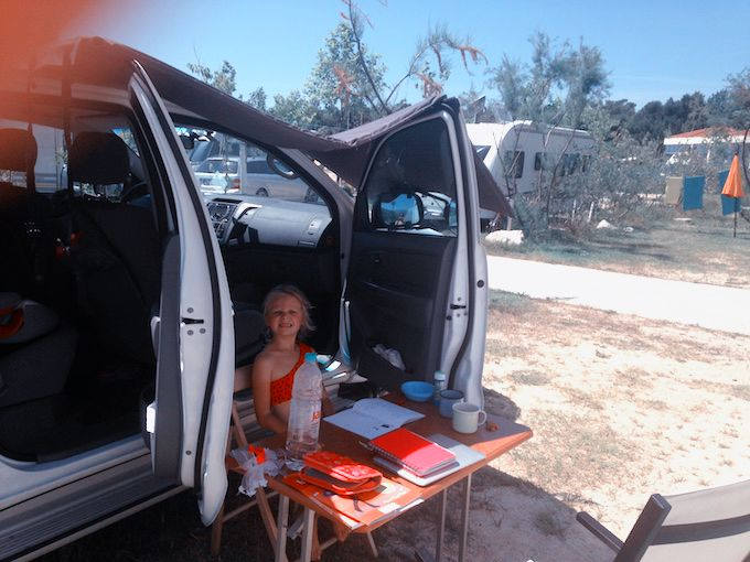 Homeschooling in Caravan
