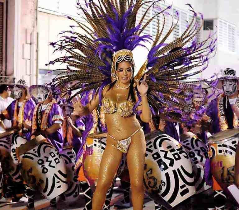Montevideo Carnival vedette by Simone Mul