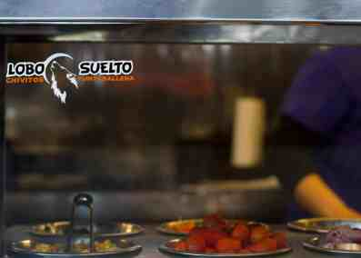Lobo-Suelto-great-Uruguayan-street-food-2