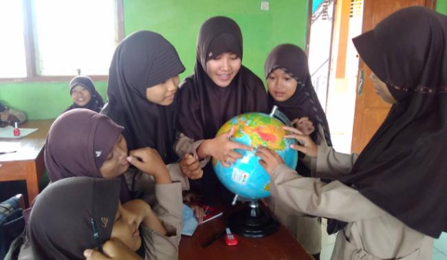 media globe