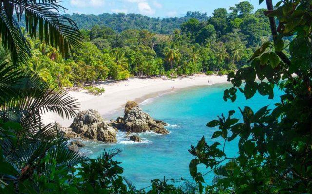 manuel-antonio-beach-costa-rica