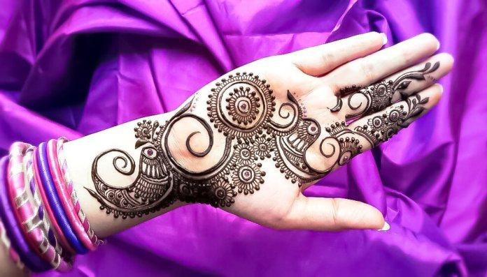 Mandala henna Mehndi designs for hand