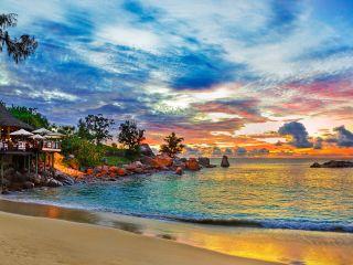 Где отдохнуть на море в декабре — 20 лучших направлений