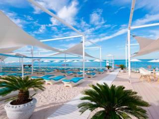 Отели Адлера с собственным пляжем