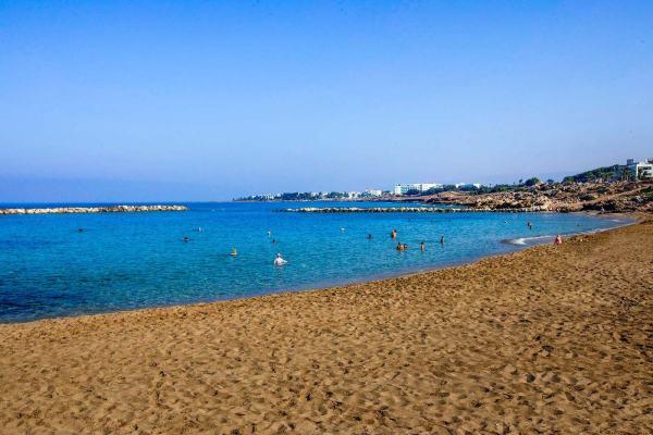 Отели Пафоса с песчаным пляжем