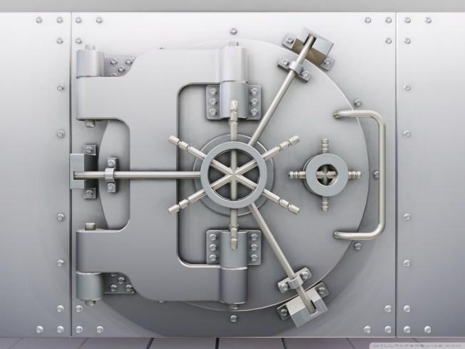safe_deposit_box-wallpaper-1920x1440