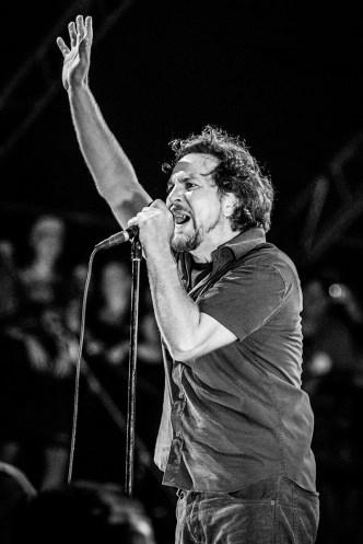 Pearl Jam © Gus Morainslie