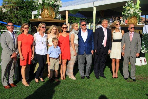 Gustavo Mirabal Castro, sus amigos y Donald Trump