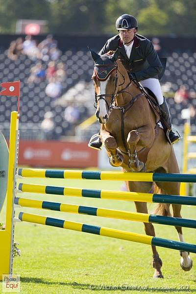 Gustavo Mirabal Castro in the Showjumping
