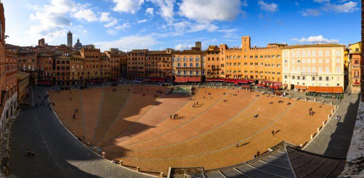 il Palio di Siena - Piazza di Campo di Siena