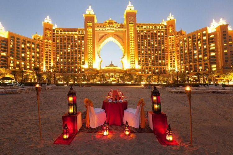 Romantic Dinner in Dubai