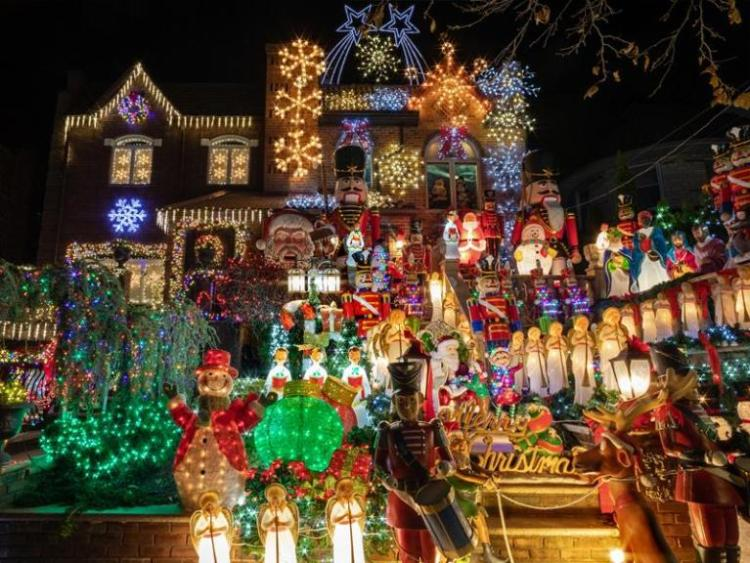 Dyker Heights Christmas lights - Magical Christmas in New York