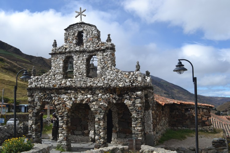 Iglesia de Piedra, Mucuchies - Venezuela and its benefits