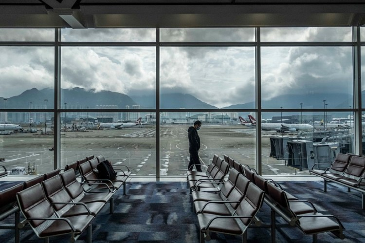 Air transport and tourism industries affected by coronavirus