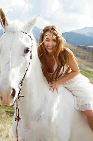 Miley Cyrus one of the celebrities who love horses