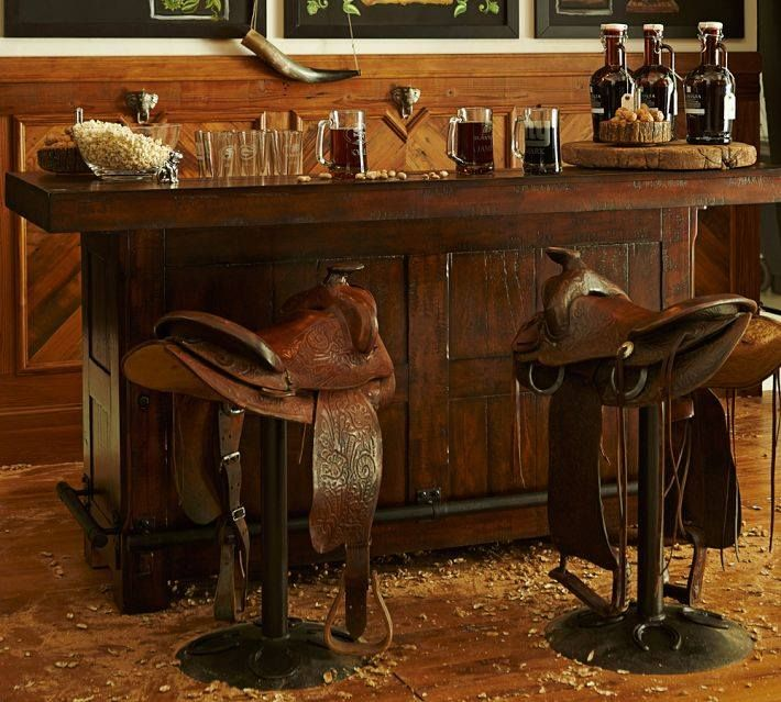 A bar with saddles - Decoration for horse lovers