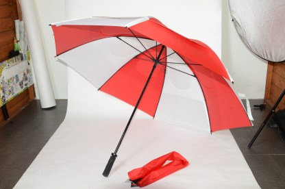Gustbuster golf umbrella Red White 62''