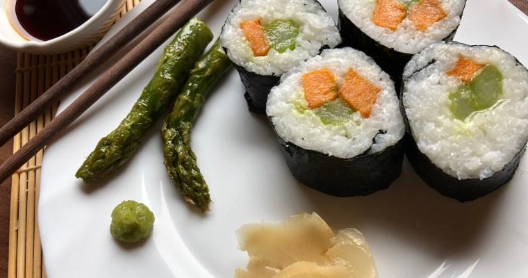 Vegane Maki mit Spargel und Süßkartoffeln