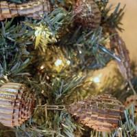 Anthropologie Holiday Display Workshop: Corrugated Cardboard Garland