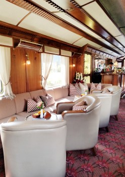 Belmond Hiram Bingham Train Bar Car Samsung Galaxy