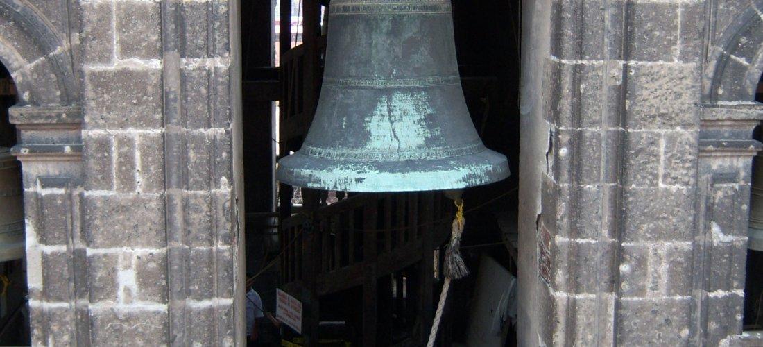 Ding Dong suenan las campanas de la Catedral vía Huidas por México