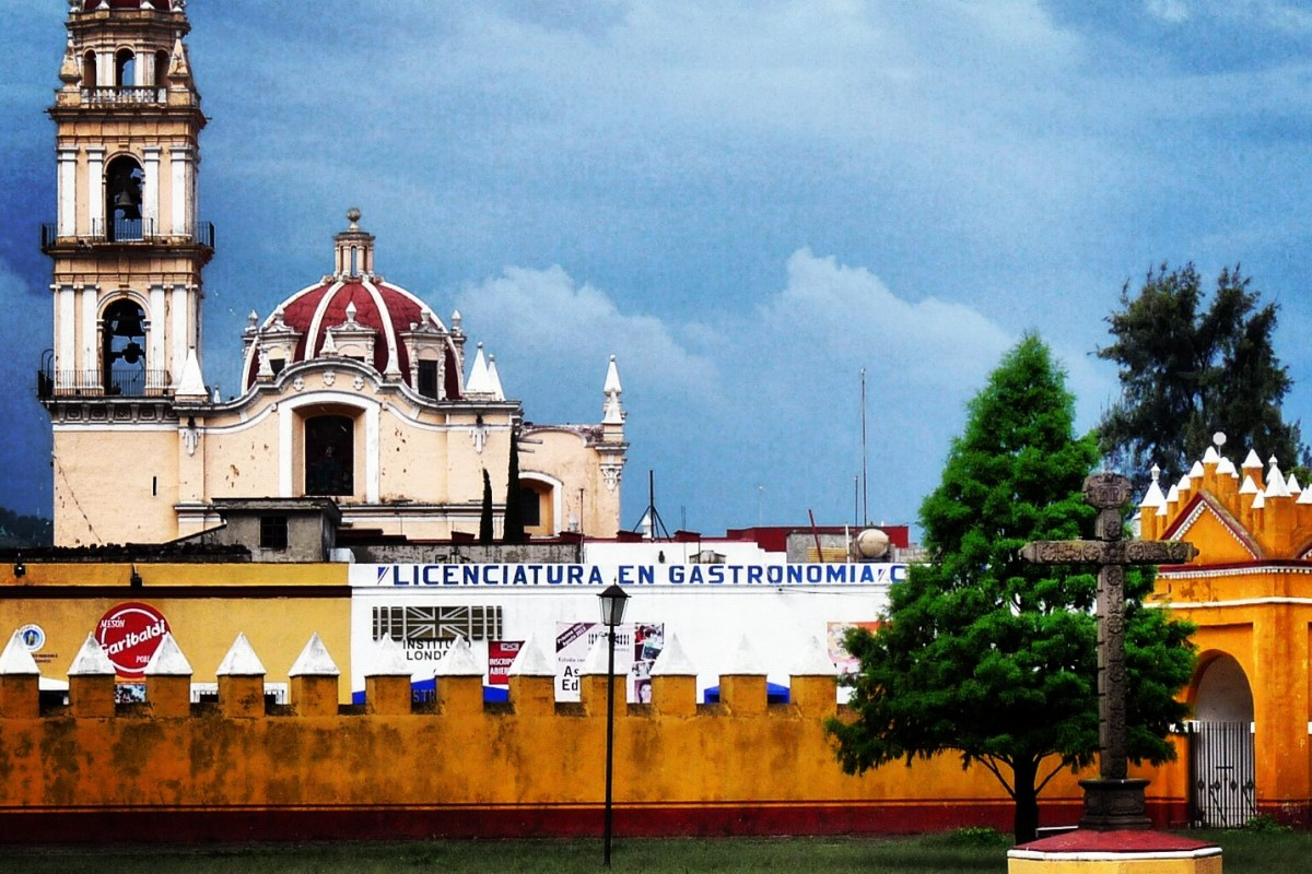"#México a través de la lente ""Cholula Iglesia de San Pedro"" @marioli_5"