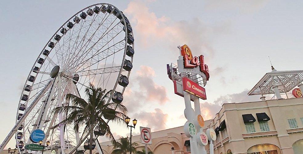 Cancún cuenta con una nueva atracción turística! La Gran Rueda !