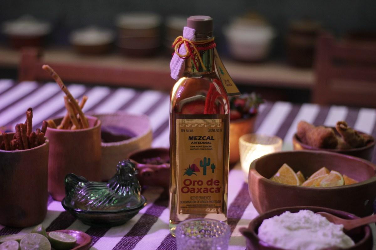Mezcal Oro de Oaxaca y comida mexicana, la pareja perfecta