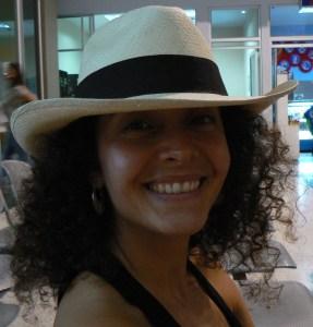 Monica en el aeropuerto