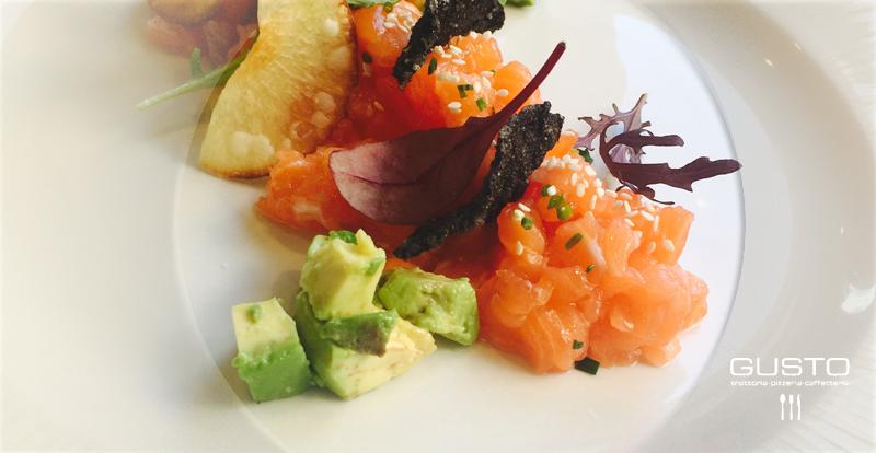 menu-dia-italiano-barcelona-con-tartar-de-salmon