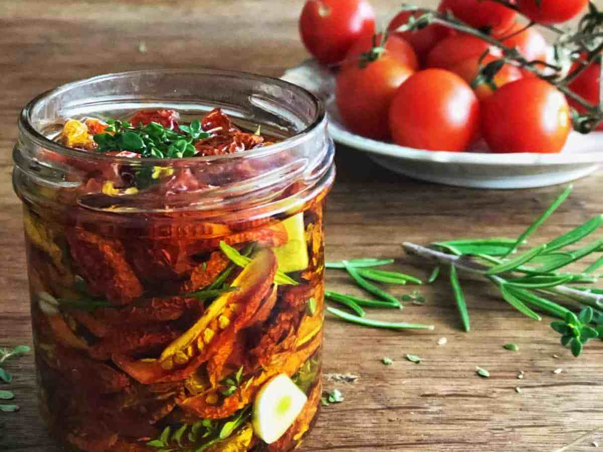 Tomaten trocknen und einlegen