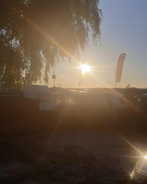 In Jastarnia, 18 km von Hel entfernt, bietet das Maszoperia Sun4hel ein Restaurant und kostenfreies WLAN.