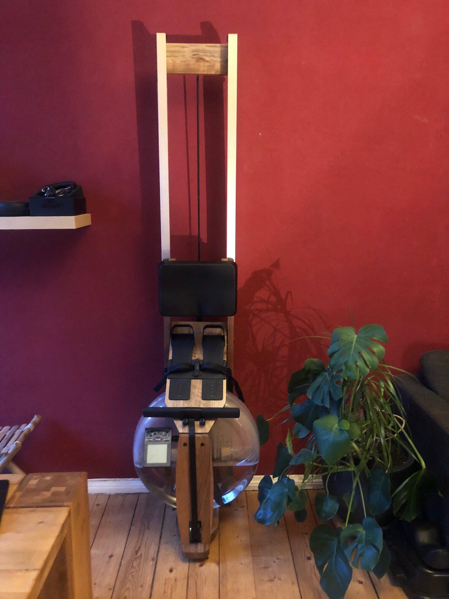 Topiom Wasserrudergerät kann an der Wand stehen
