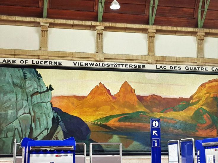 Vierwaldstättersee im Bahnhof Basel