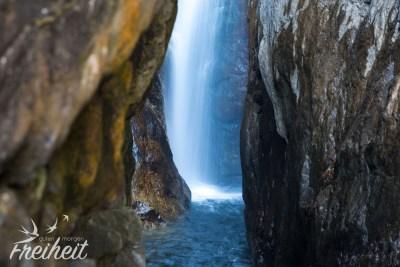 Klong Prao Wasserfall - Langzeitbelichtung aus der Hand