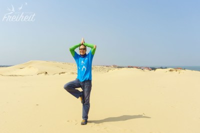 """Carsten in der """"Wüste"""" - die Klamotten fallen schon auseinander"""
